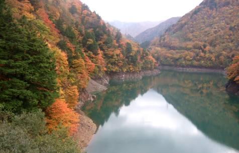 奈川ダム.jpg